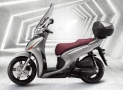 Budget motor scooter Kymco People 150 Review